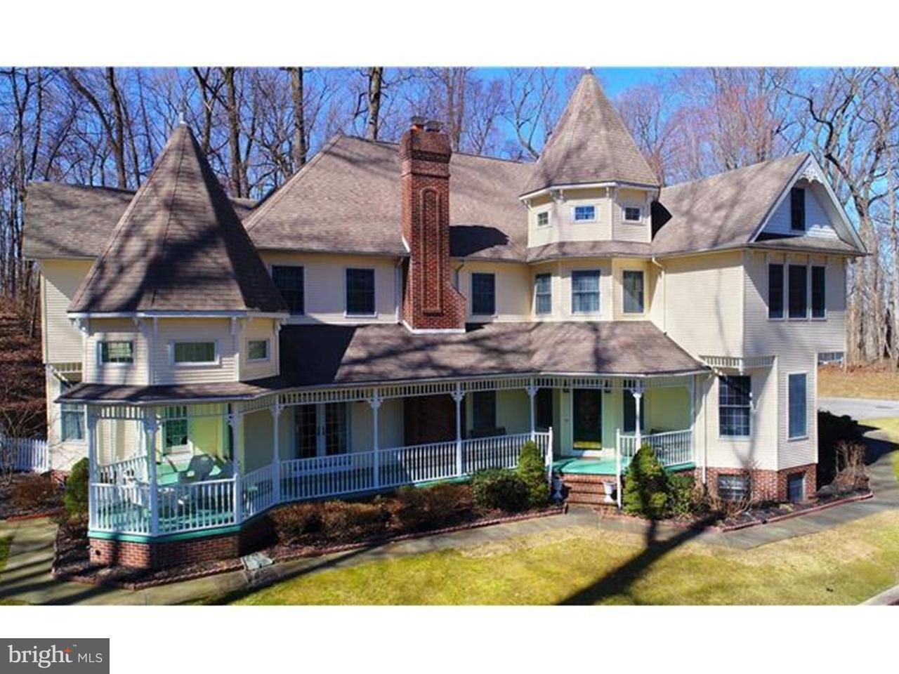 Частный односемейный дом для того Продажа на 3495 MONTCHANIN Road Greenville, Делавэр 19807 Соединенные Штаты