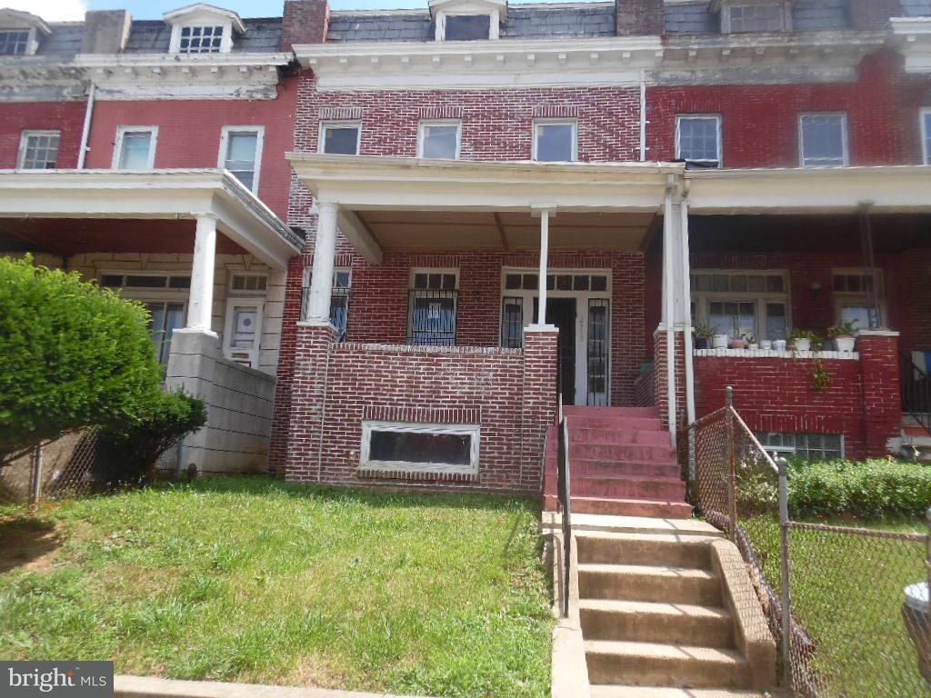 Single Family for Sale at 2919 Winchester St Baltimore, Maryland 21216 United States