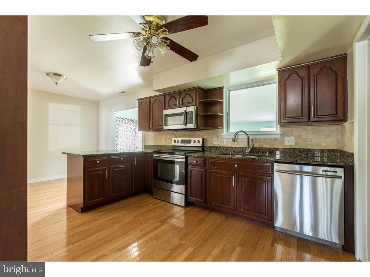 Casa Unifamiliar por un Alquiler en 18 BENNETT Court Logan Township, Nueva Jersey 08085 Estados Unidos