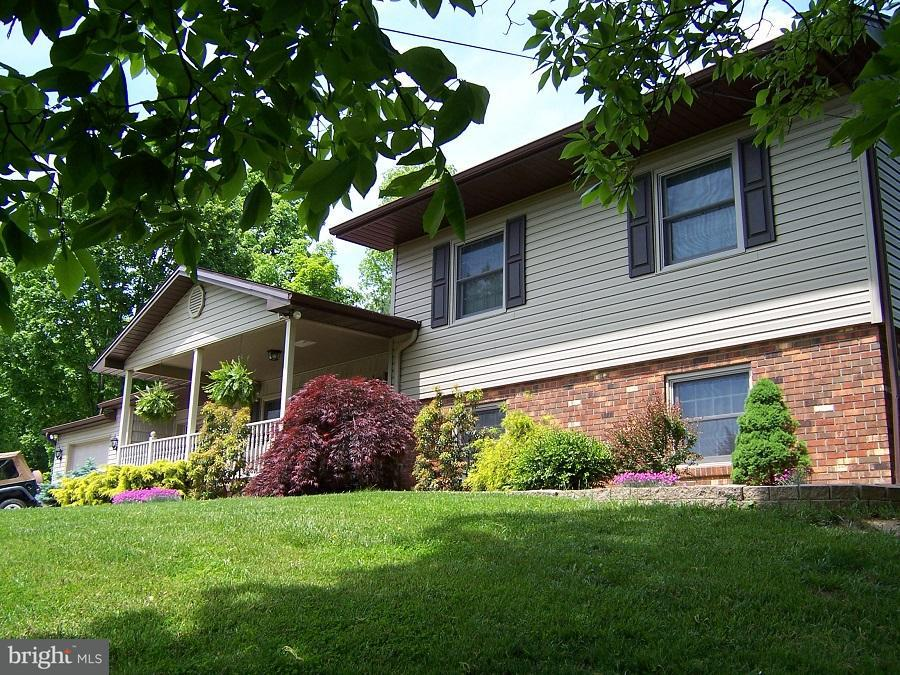 Single Family for Sale at 988 Halls Hill Road W #sgr 815 Franklin, West Virginia 26807 United States