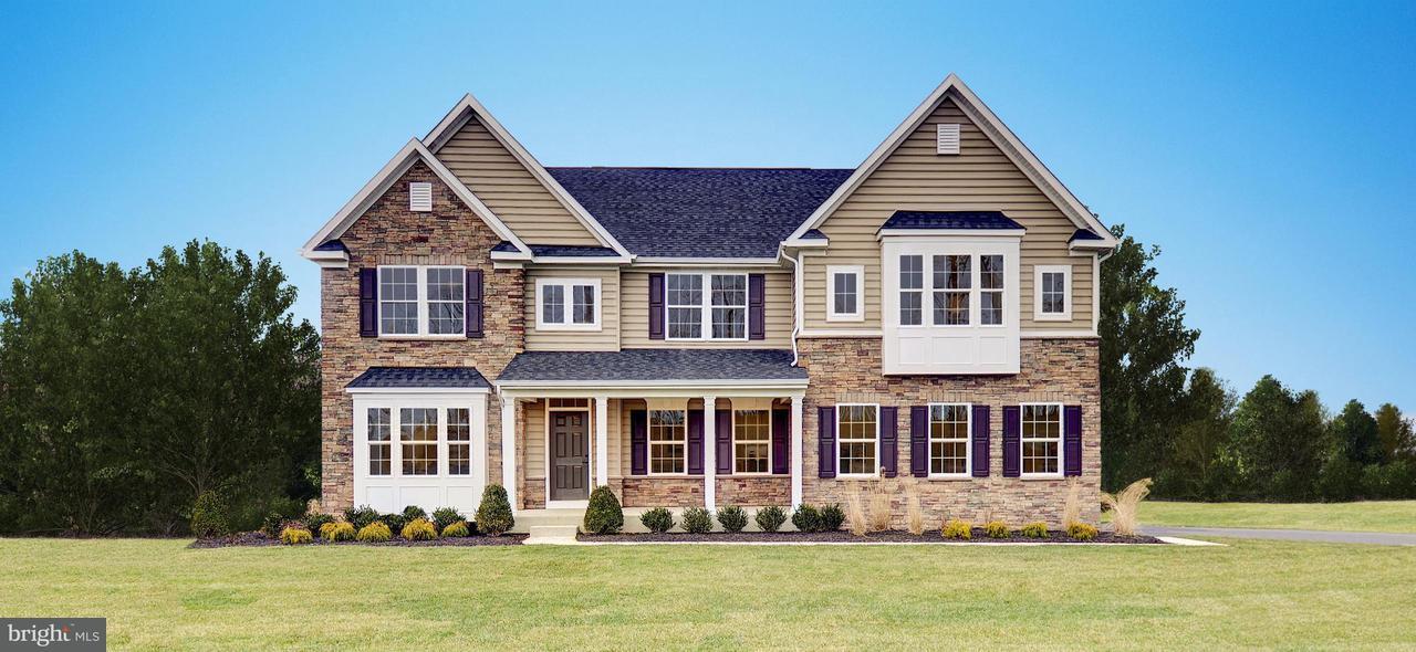独户住宅 为 销售 在 2 COPPER BEECH Road 2 COPPER BEECH Road 约克郡, 宾夕法尼亚州 17403 美国