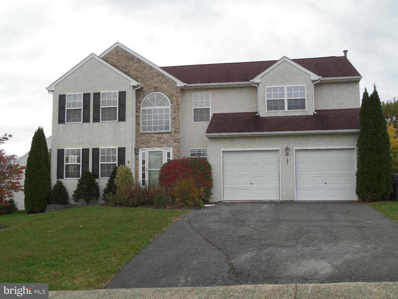 Частный односемейный дом для того Аренда на 1514 ASPEN Drive Pottstown, Пенсильвания 19464 Соединенные Штаты