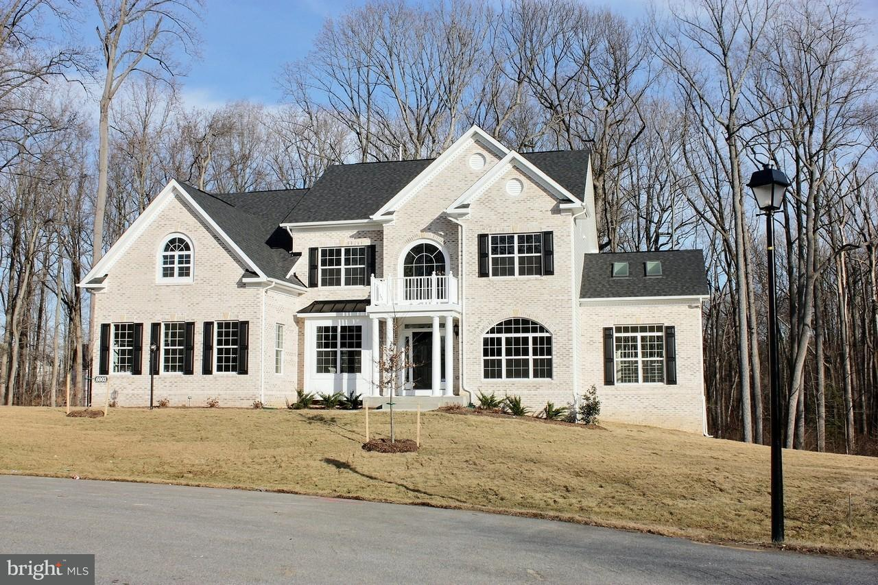 Casa Unifamiliar por un Venta en 15503 HIGH RIDGE Court 15503 HIGH RIDGE Court Aquasco, Maryland 20608 Estados Unidos