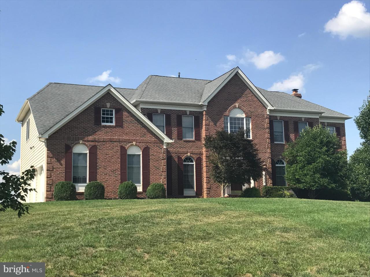 Частный односемейный дом для того Продажа на 412 BUEDEL Court 412 BUEDEL Court Sparks, Мэриленд 21152 Соединенные Штаты