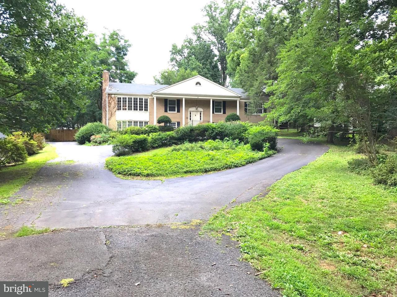 Single Family Home for Sale at 7328 OLD DOMINION Drive 7328 OLD DOMINION Drive McLean, Virginia 22101 United States