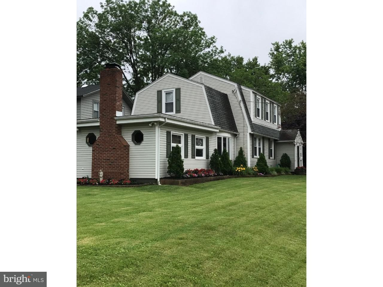 Single Family Home for Sale at 322 WALNUT Street Audubon, New Jersey 08106 United States