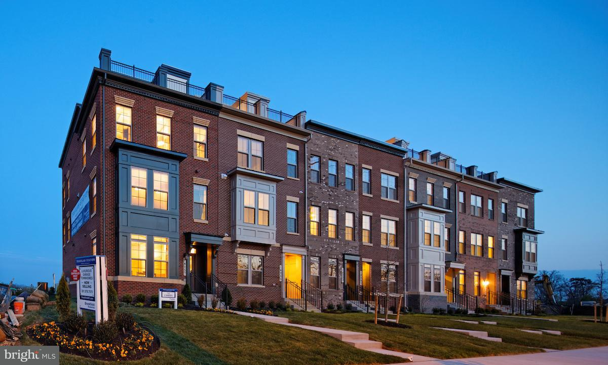 Single Family for Sale at Potomac Heights Ln Rockville, Maryland 20850 United States