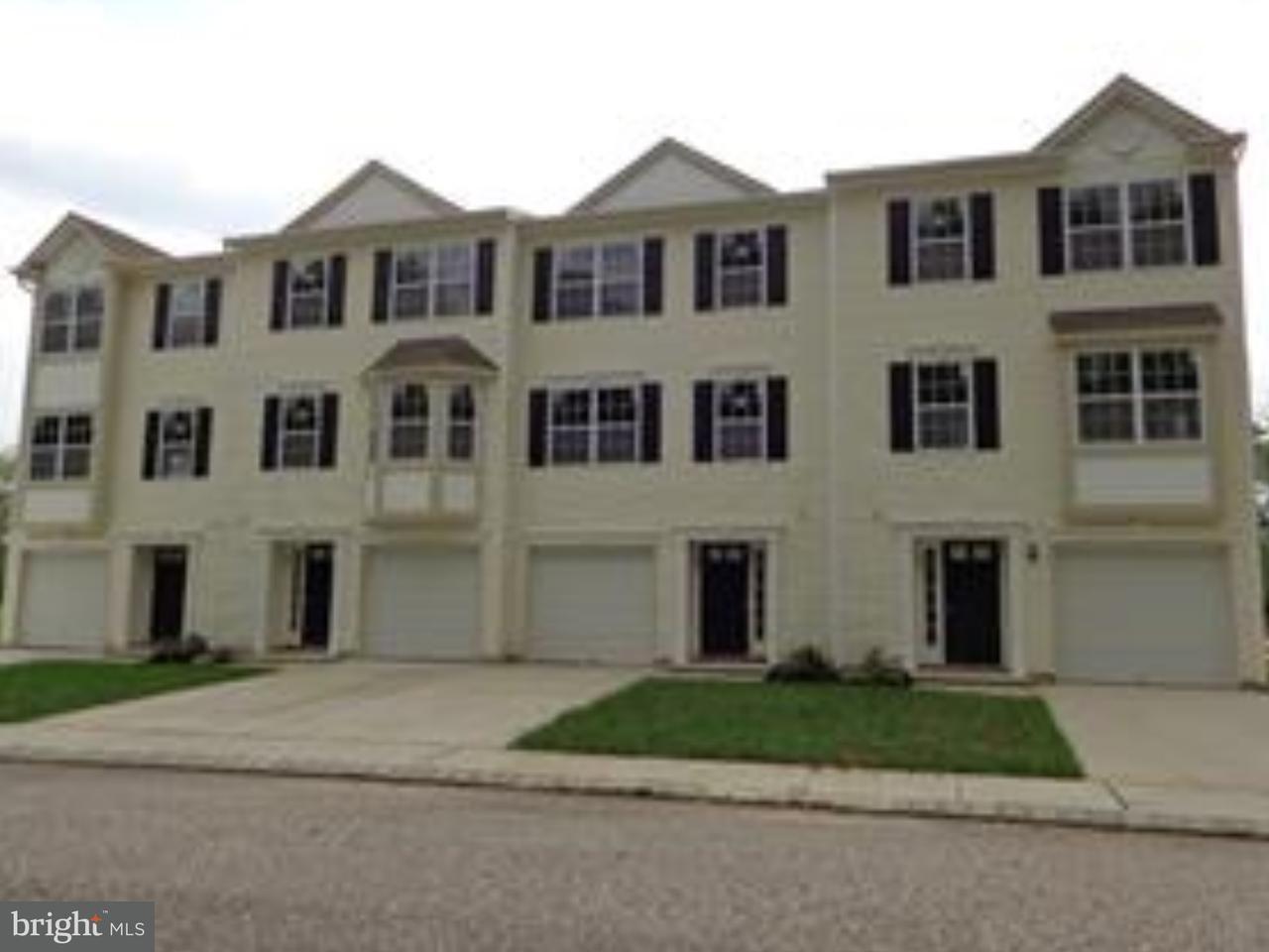 联栋屋 为 销售 在 16 VICTORIAN WAY Woodbury, 新泽西州 08096 美国