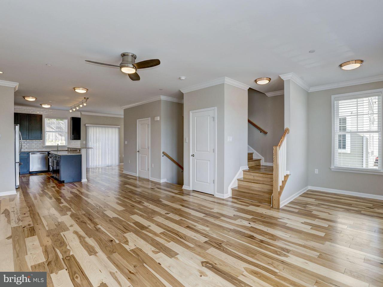 Additional photo for property listing at 437 WOODCREST DR SE 437 WOODCREST DR SE Washington, District Of Columbia 20032 United States