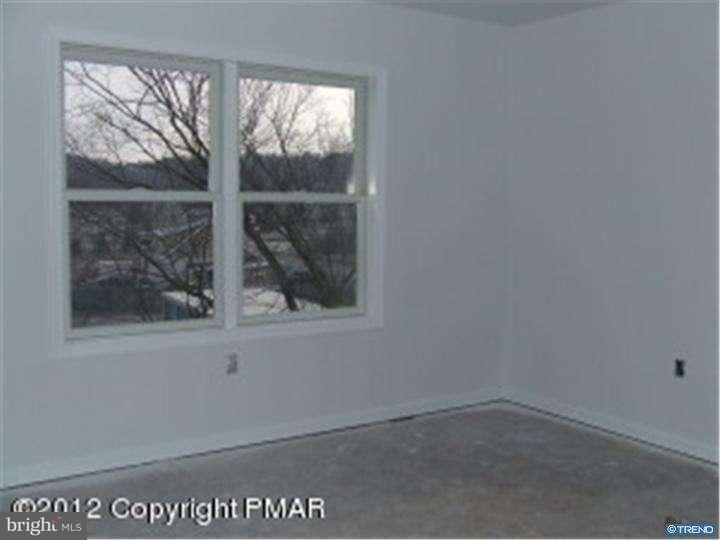 Additional photo for property listing at 106 TRELLIS WAY  East Stroudsburg, Пенсильвания 18301 Соединенные Штаты