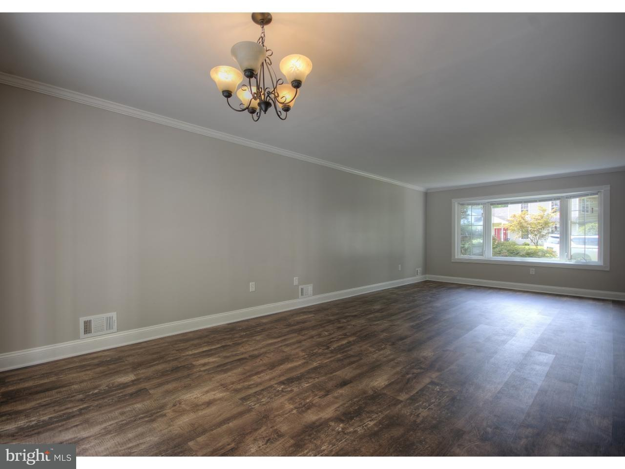 Additional photo for property listing at 20 TALL TIMBER Lane  Florence, New Jersey 08016 États-Unis