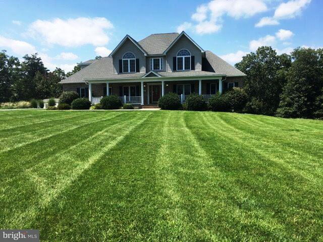 Single Family Home for Sale at 131 CANNERY RIDGE Lane 131 CANNERY RIDGE Lane Cross Junction, Virginia 22625 United States