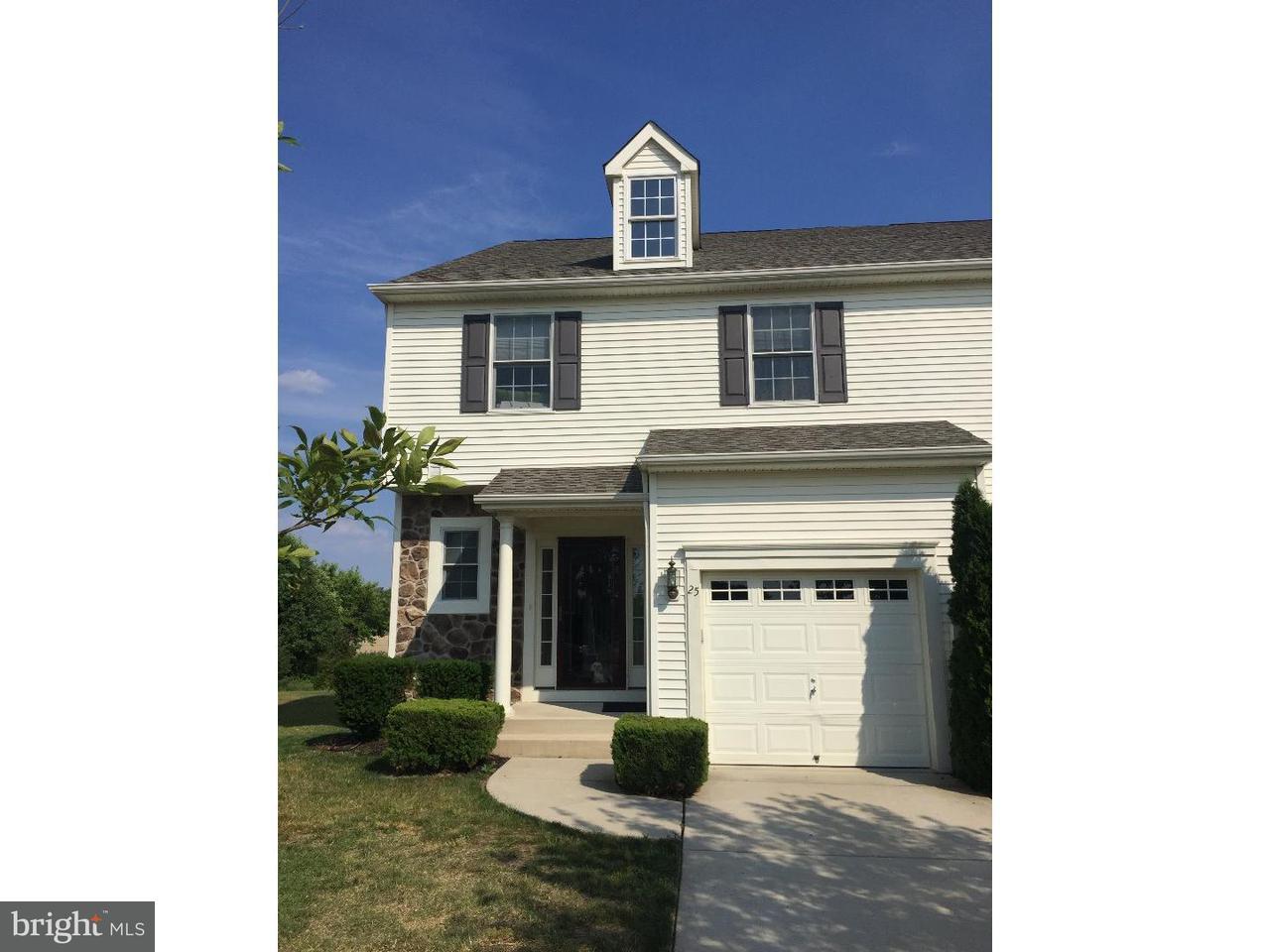 Casa unifamiliar adosada (Townhouse) por un Venta en 25 CAMINO Court Sicklerville, Nueva Jersey 08081 Estados Unidos