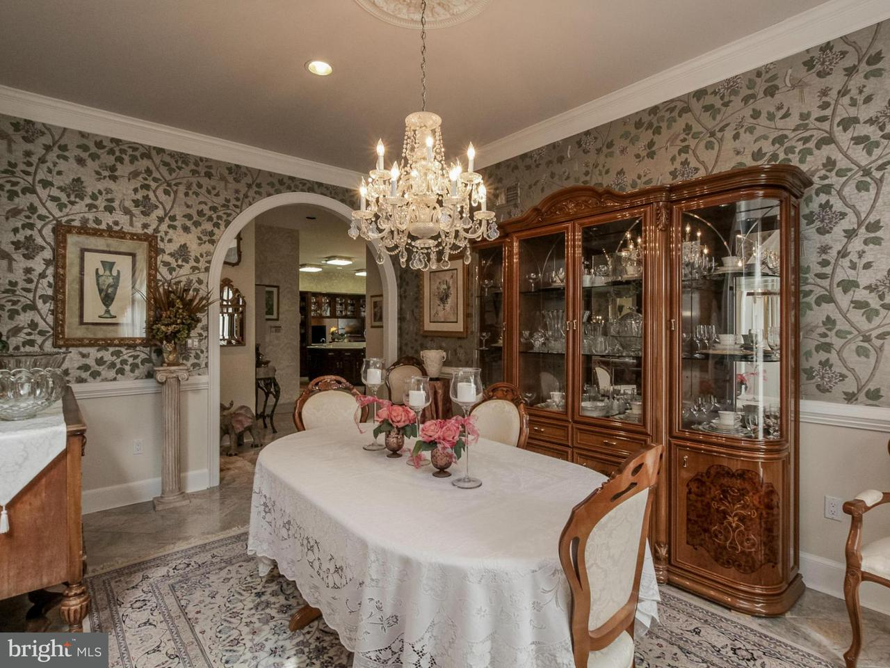 Additional photo for property listing at 125 HENRICO Road 125 HENRICO Road Front Royal, Virginia 22630 Stati Uniti