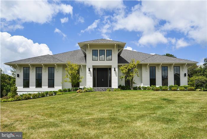 Additional photo for property listing at 23035 LAVENDER VALLEY Court 23035 LAVENDER VALLEY Court Ashburn, Virginia 20148 Stati Uniti
