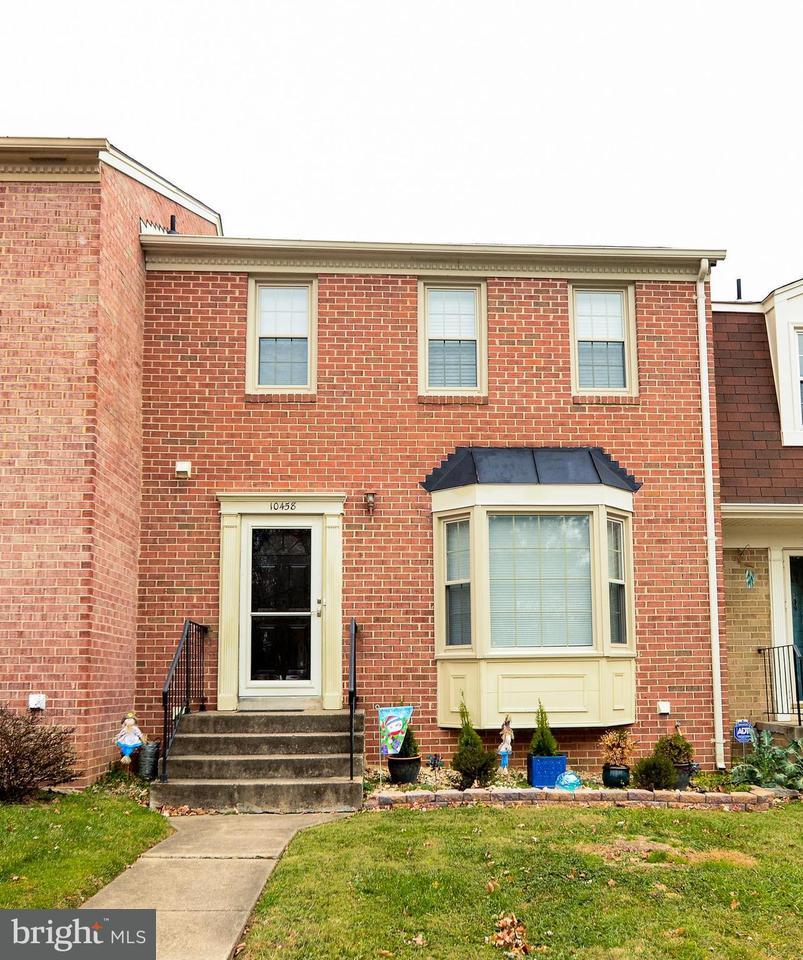 Townhouse for Sale at 10458 WHITE GRANITE Court 10458 WHITE GRANITE Court Oakton, Virginia 22124 United States
