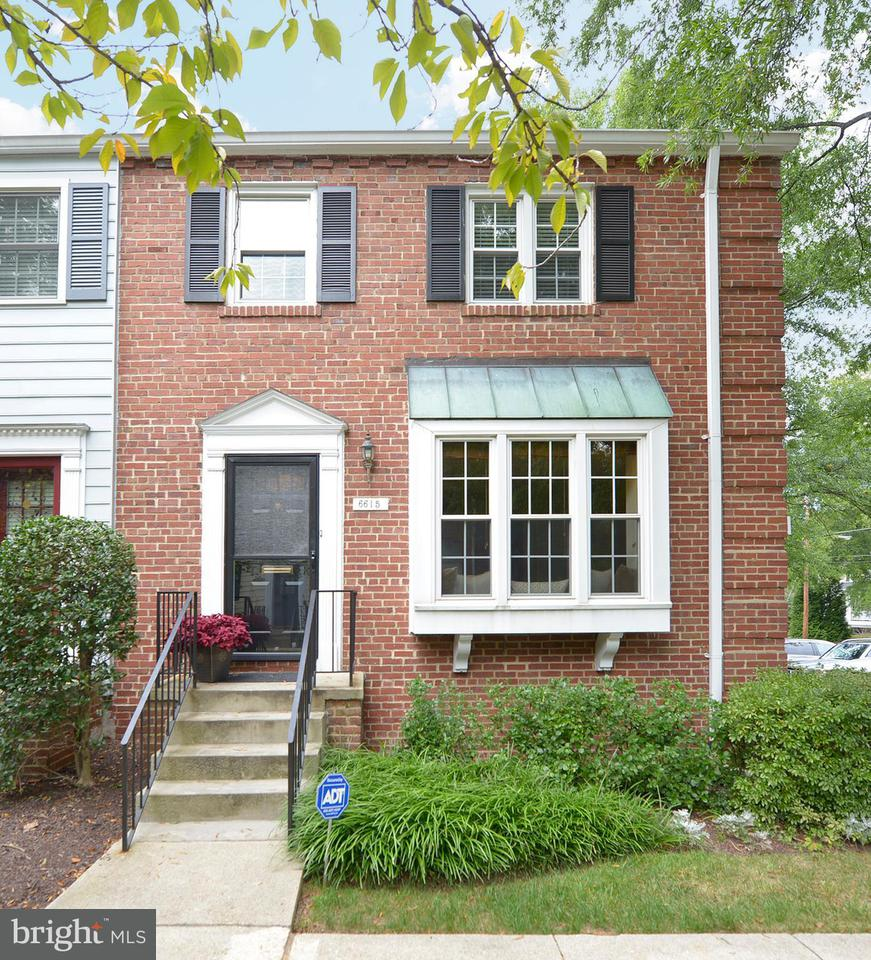 Townhouse for Sale at 6615 Fairfax Rd #116 6615 Fairfax Rd #116 Chevy Chase, Maryland 20815 United States