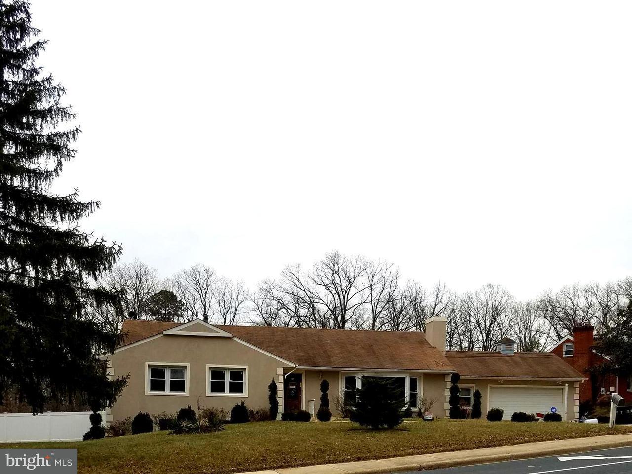 獨棟家庭住宅 為 出售 在 7292 FINNS Lane 7292 FINNS Lane Lanham, 馬里蘭州 20706 美國
