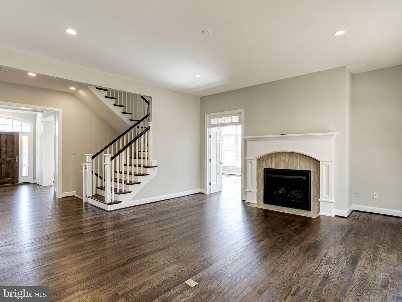 Additional photo for property listing at 2552 Vale Ridge Court 2552 Vale Ridge Court Oakton, Virginia 22124 United States