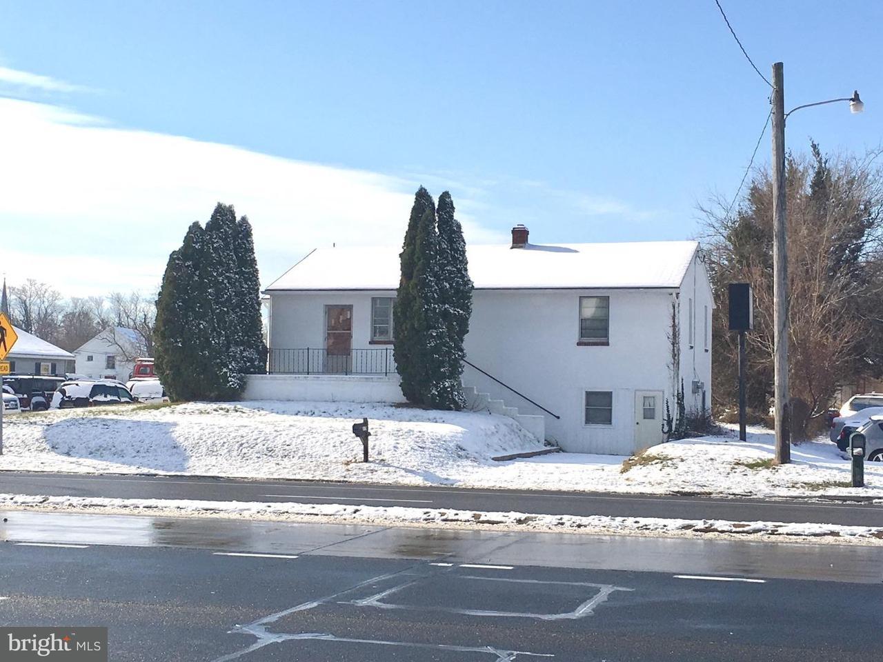 独户住宅 为 销售 在 217 N DUPONT BLVD Smyrna, 特拉华州 19977 美国