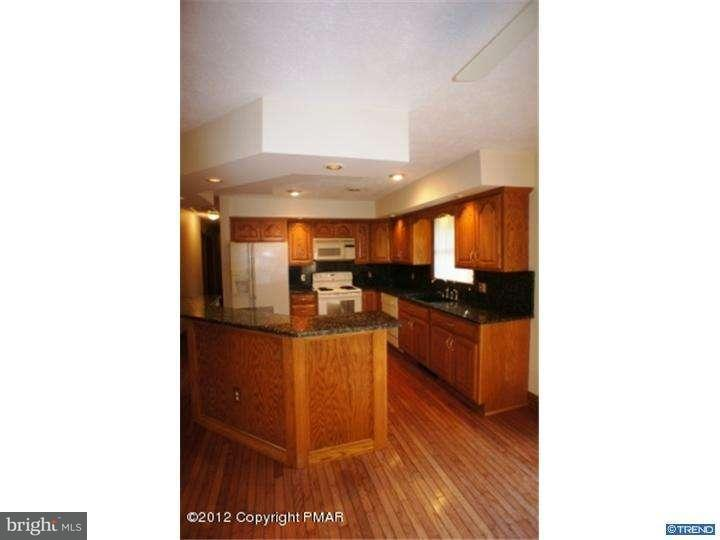 Additional photo for property listing at 913 WOODDALE Road  East Stroudsburg, Pennsylvania 18302 United States