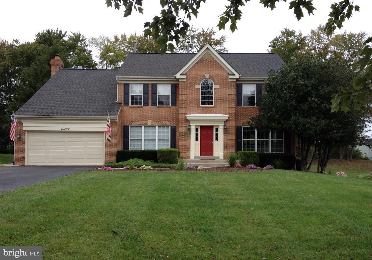 獨棟家庭住宅 為 出售 在 19744 Selby Avenue 19744 Selby Avenue Poolesville, 馬里蘭州 20837 美國