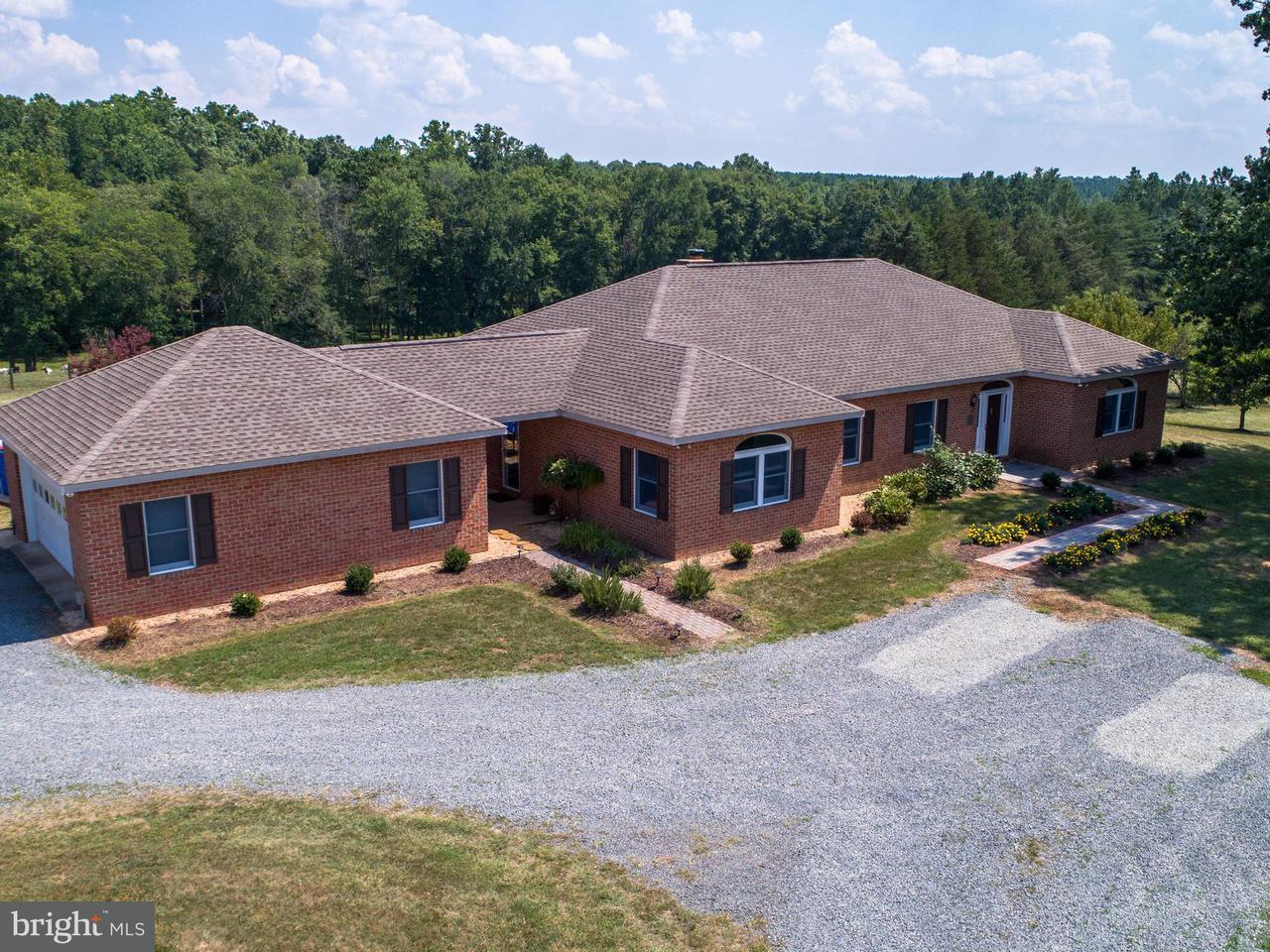Farm / Hof für Verkauf beim 13358 ARROWHEAD Lane 13358 ARROWHEAD Lane Sumerduck, Virginia 22742 Vereinigte Staaten