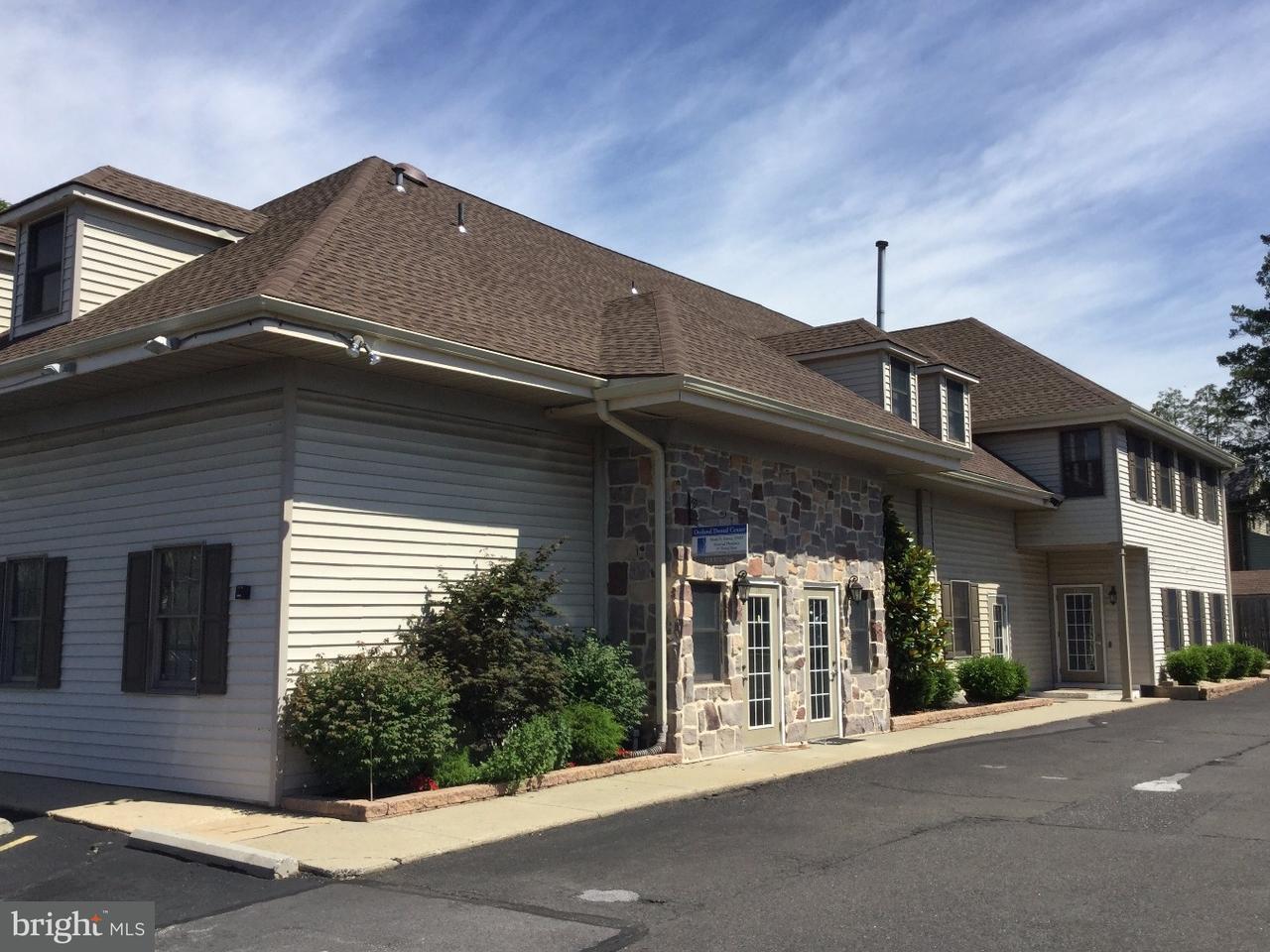 Частный односемейный дом для того Продажа на 218 E PENNSYLVANIA Avenue Oreland, Пенсильвания 19075 Соединенные Штаты