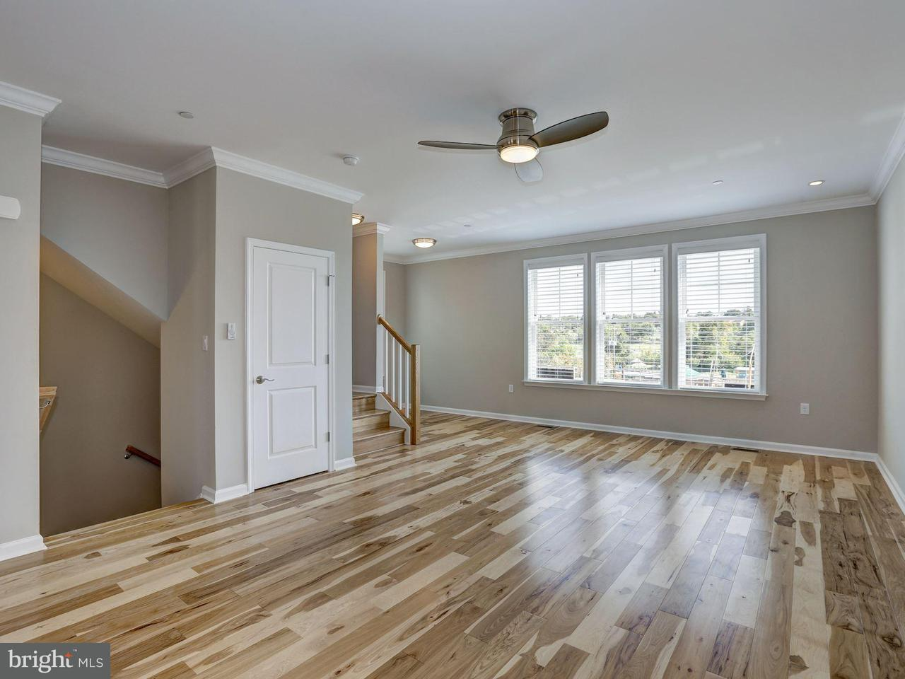 Additional photo for property listing at 437 WOODCREST DR SE 437 WOODCREST DR SE Washington, District Of Columbia 20032 United States