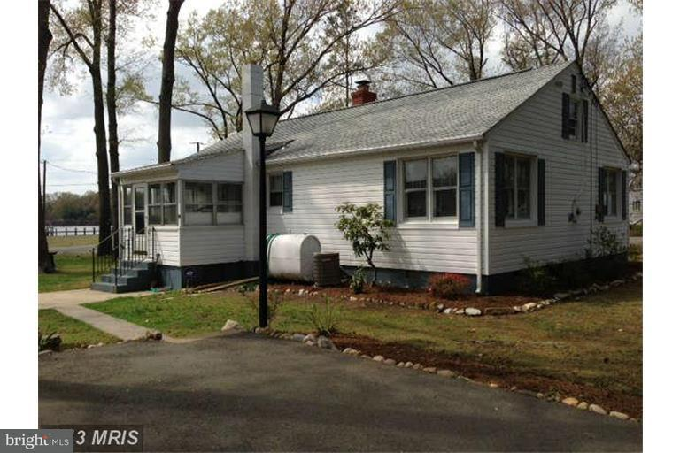 Other Residential for Rent at 400 Lawrence Ln Colonial Beach, Virginia 22443 United States
