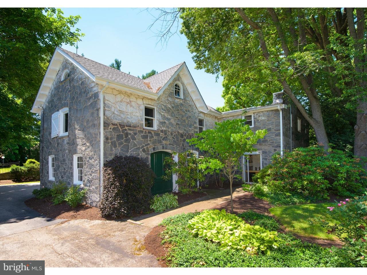 Частный односемейный дом для того Продажа на 726 CONSHOHOCKEN STATE Road Penn Valley, Пенсильвания 19072 Соединенные Штаты