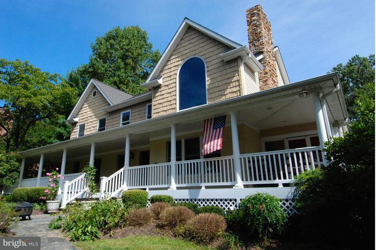 Eensgezinswoning voor Verkoop een t 110 BOONE Trail 110 BOONE Trail Severna Park, Maryland 21146 Verenigde Staten