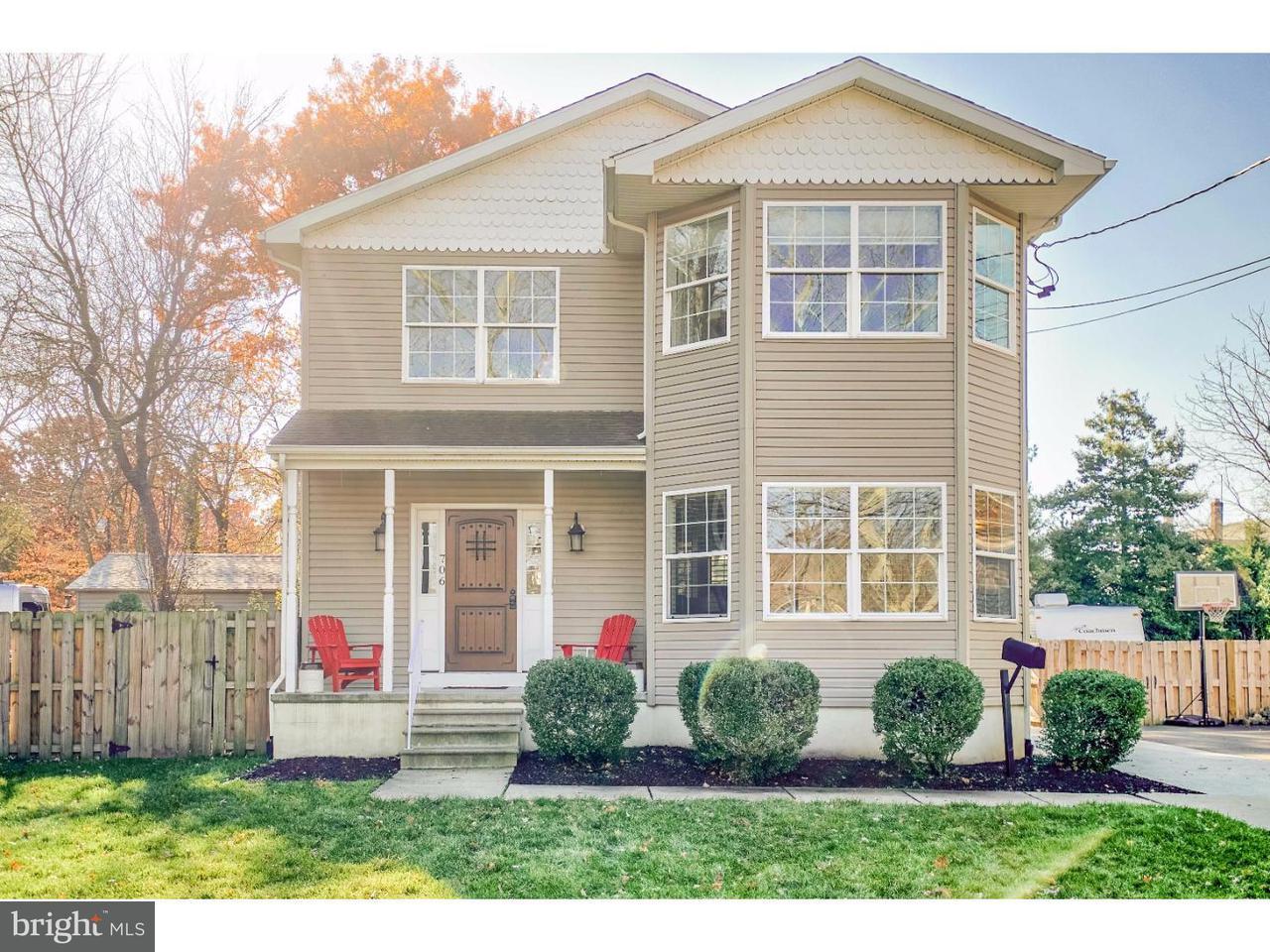 独户住宅 为 销售 在 706 MAIN Street Riverton, 新泽西州 08077 美国