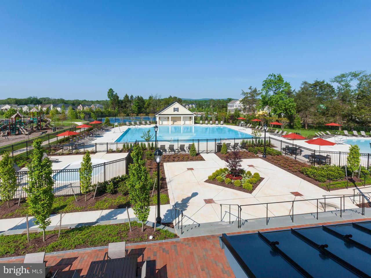 Additional photo for property listing at 24263 CRABTREE Court 24263 CRABTREE Court Aldie, 버지니아 20105 미국
