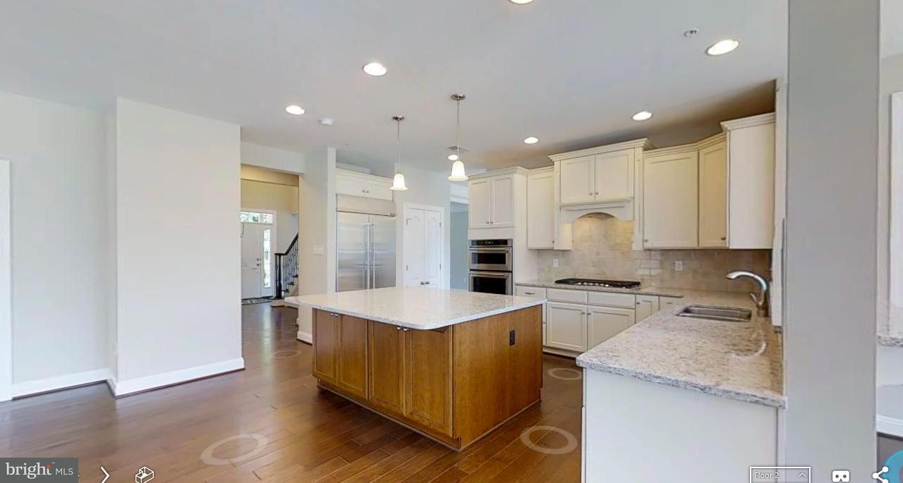 Additional photo for property listing at 11031 FUZZY HOLLOW WAY 11031 FUZZY HOLLOW WAY Marriottsville, Maryland 21104 Estados Unidos