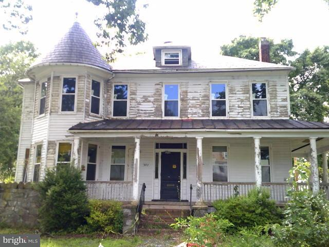 Single Family for Sale at 3800 Gwynn Oak Ave Baltimore, Maryland 21207 United States