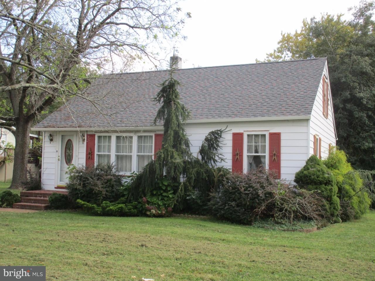 Casa para uma família para Venda às 19 TILBURY Road Elsinboro Township, Nova Jersey 08079 Estados Unidos