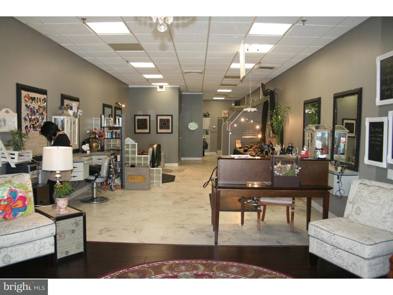 Частный односемейный дом для того Продажа на 64 PRINCETON HIGHTSTOWN RD #D Princeton Junction, Нью-Джерси 08550 Соединенные ШтатыВ/Около: West Windsor Twp