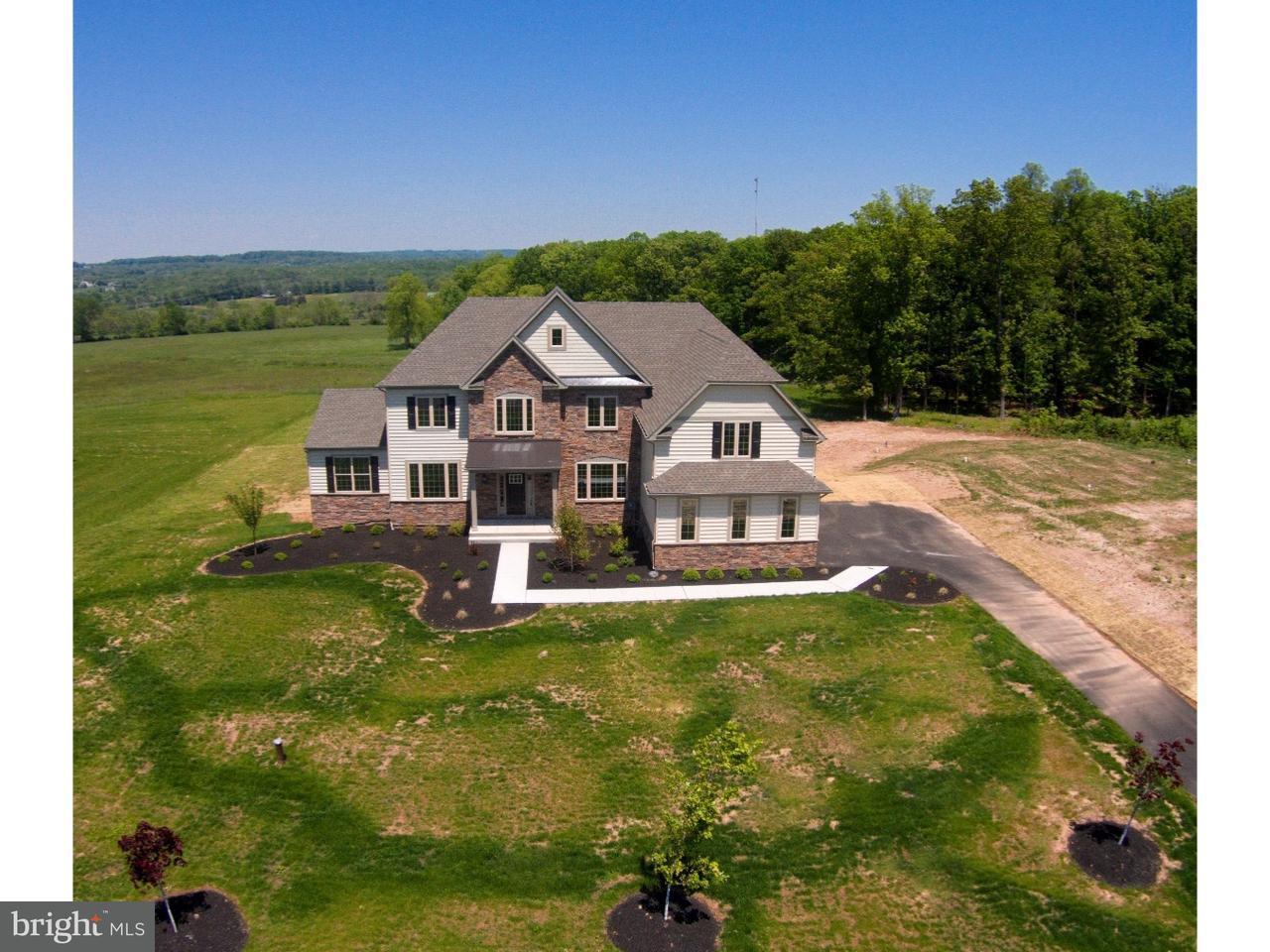 独户住宅 为 销售 在 6 HOLCOMBE GROVE Road 兰伯特维尔, 新泽西州 08530 美国在/周边: West Amwell Township