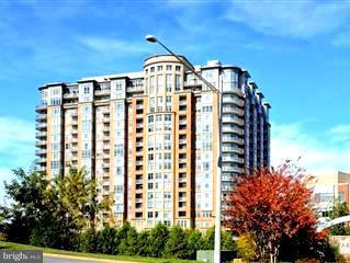 Condominium for Sale at 8220 CRESTWOOD HEIGHTS DR #404 8220 CRESTWOOD HEIGHTS DR #404 McLean, Virginia 22102 United States