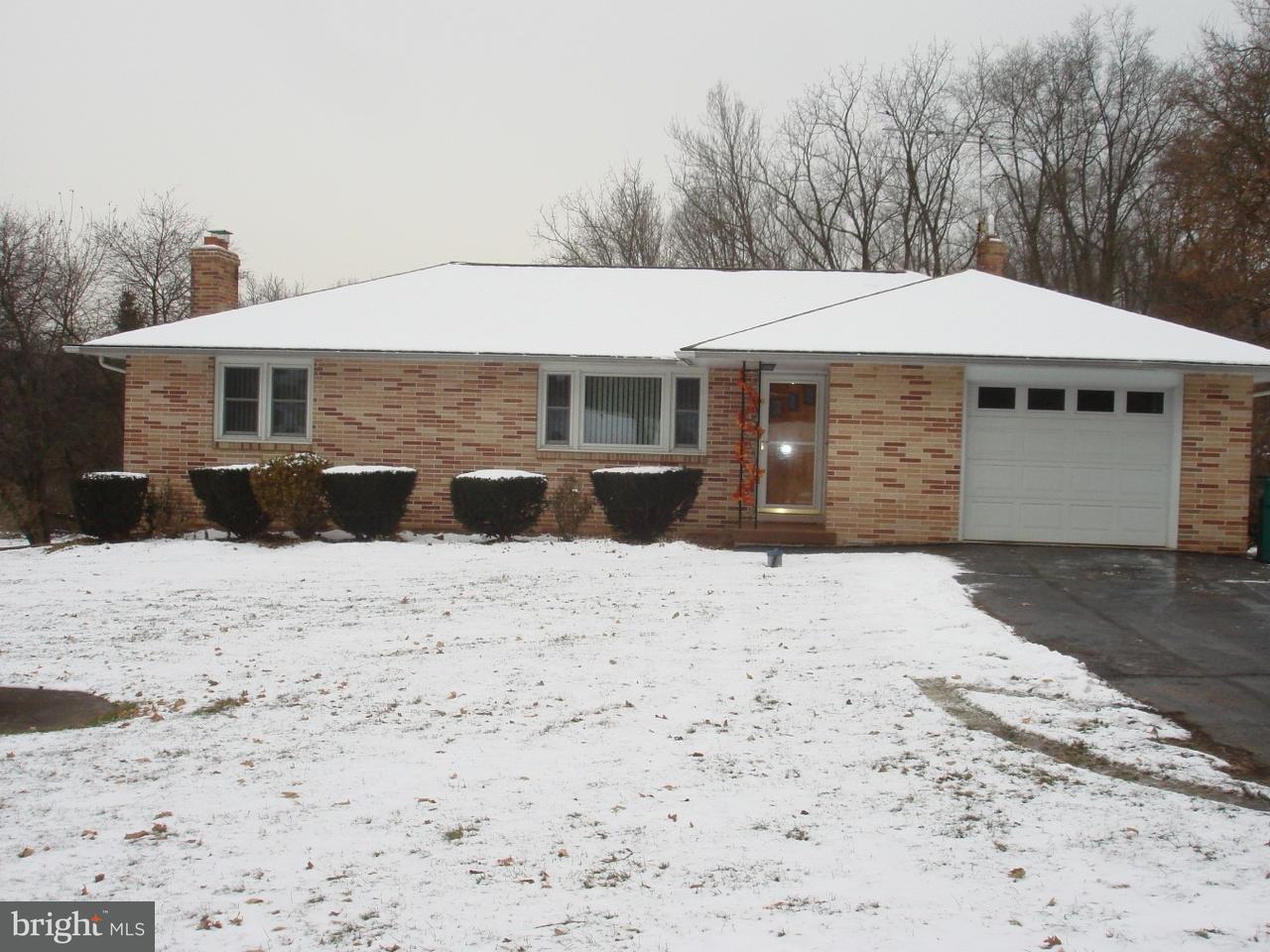 Частный односемейный дом для того Аренда на 2722 OLD BETHLEHEM PIKE Sellersville, Пенсильвания 18960 Соединенные Штаты