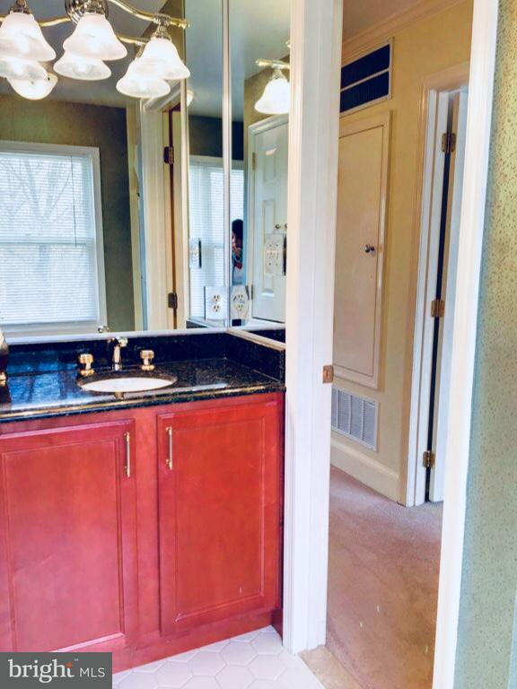 Single Family Home for Sale at 379 BERKSHIRE Drive 379 BERKSHIRE Drive Riva, Maryland 21140 United States