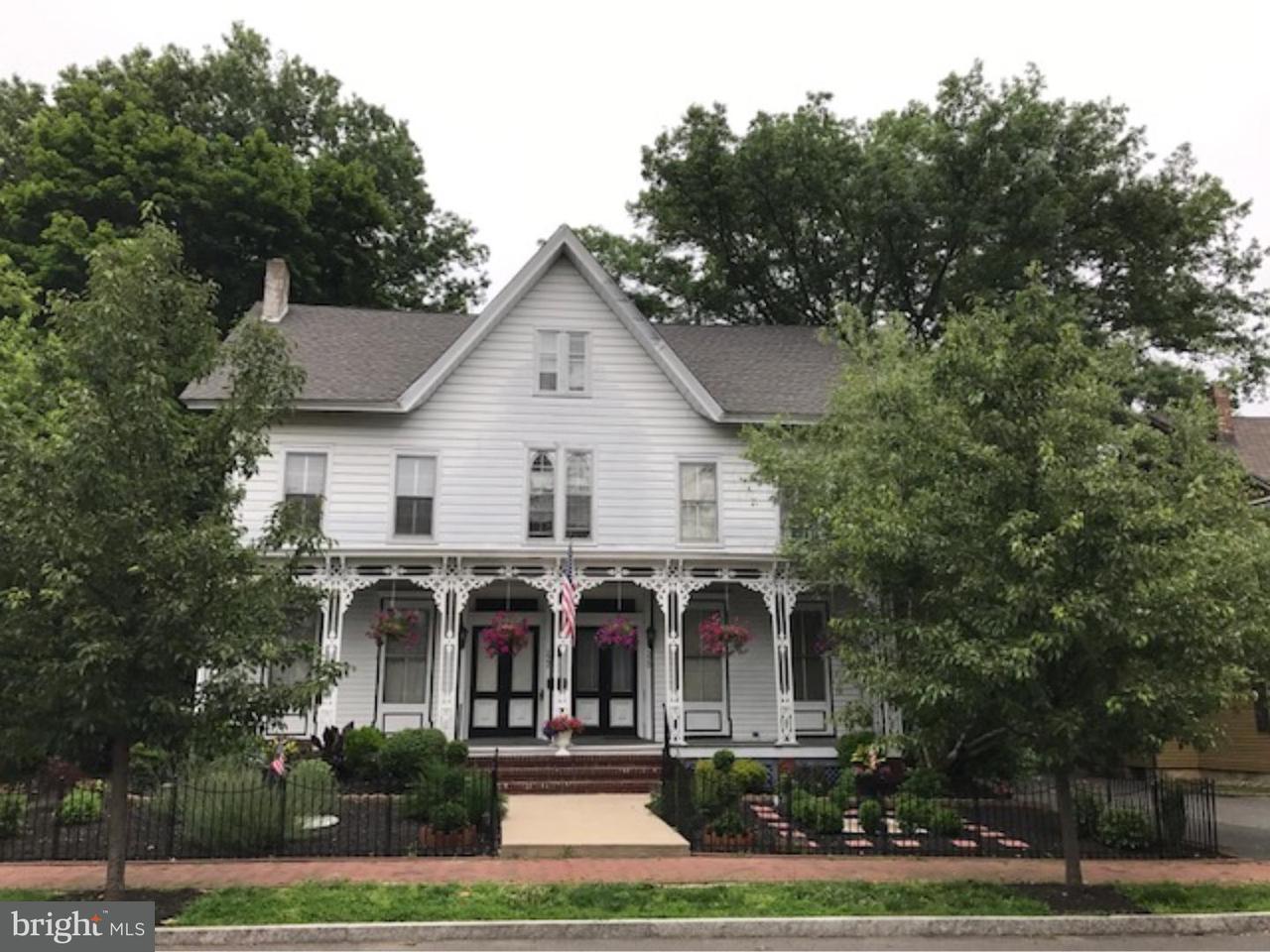 联栋屋 为 出租 在 220 StreetOCKTON Street Hightstown, 新泽西州 08520 美国在/周边: Hightstown Borough