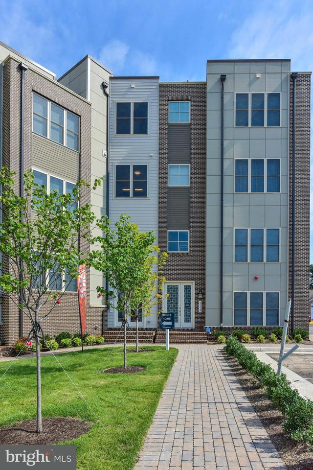 Townhouse for Sale at 111 DYER Court 111 DYER Court Herndon, Virginia 20170 United States
