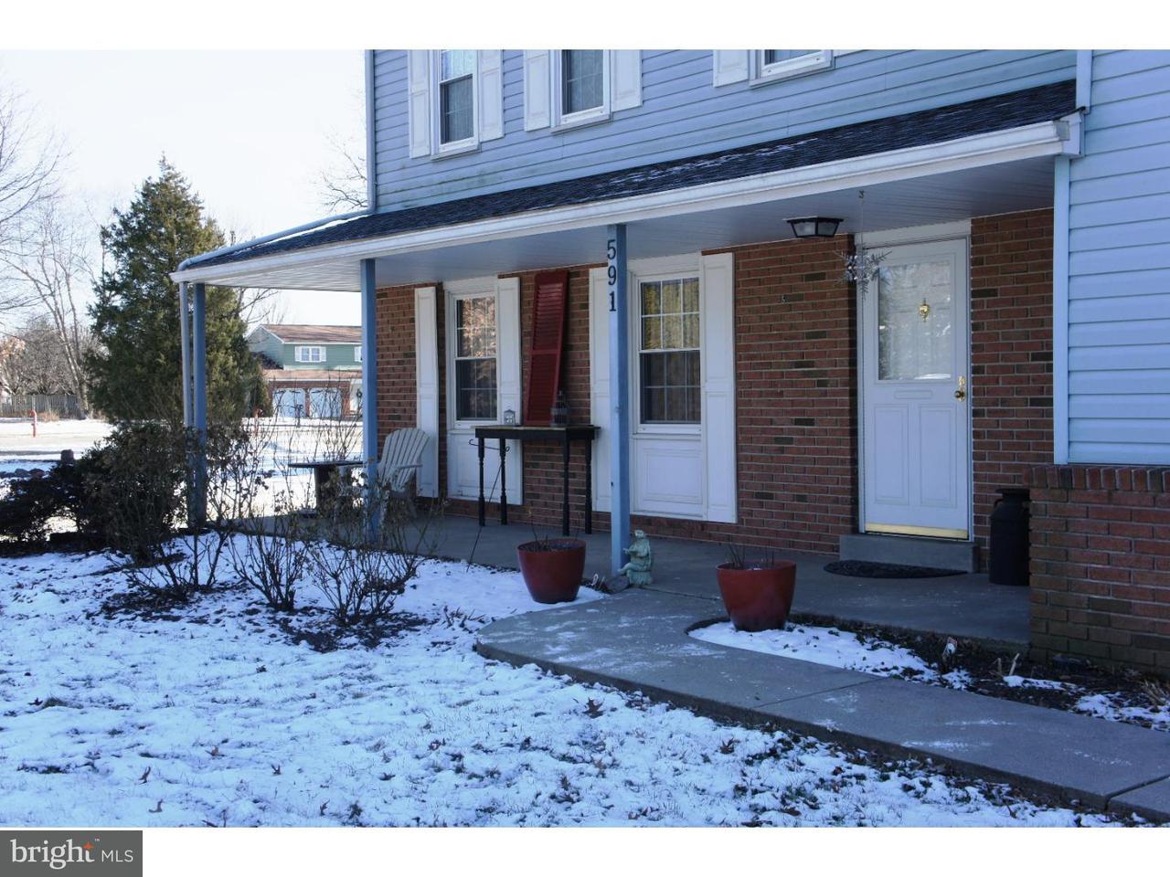 Частный односемейный дом для того Продажа на 591 PENNFIELD Drive Hatfield, Пенсильвания 19440 Соединенные Штаты