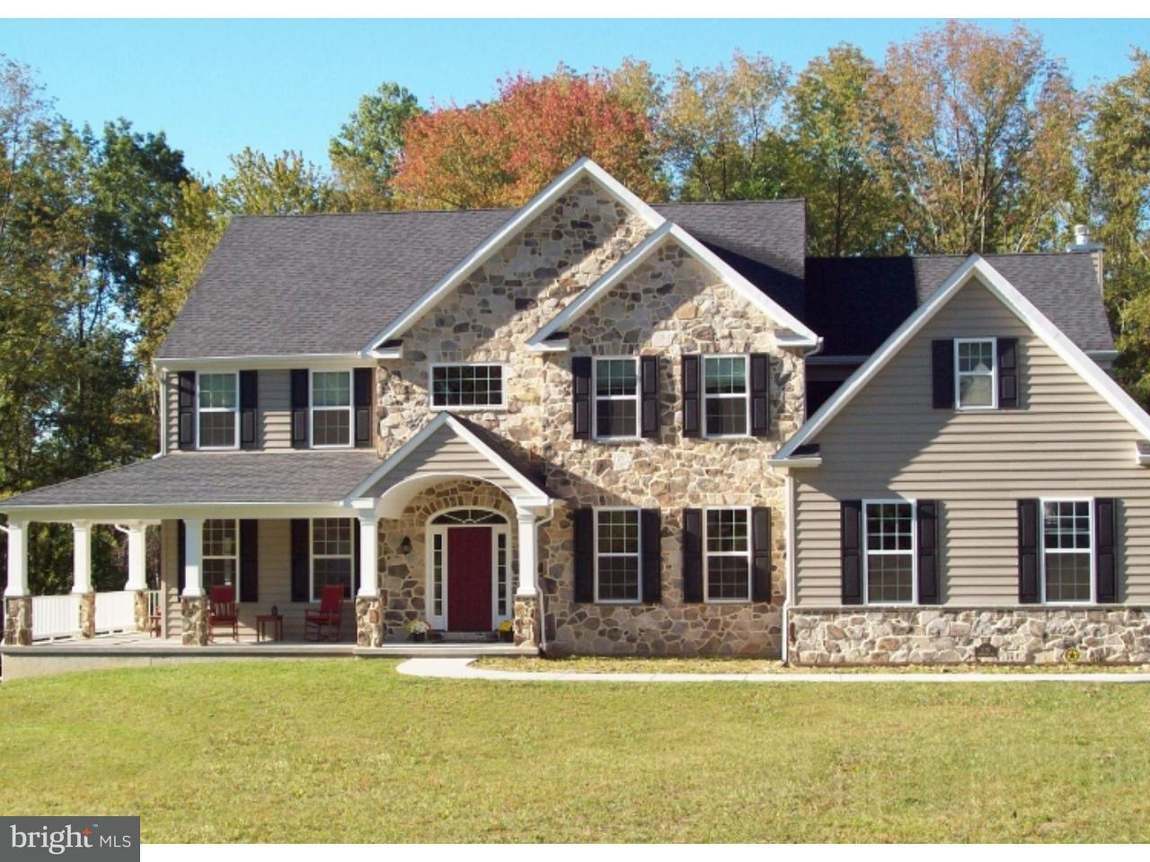 Частный односемейный дом для того Продажа на 175 INDIAN RUN Road Downingtown, Пенсильвания 19343 Соединенные Штаты
