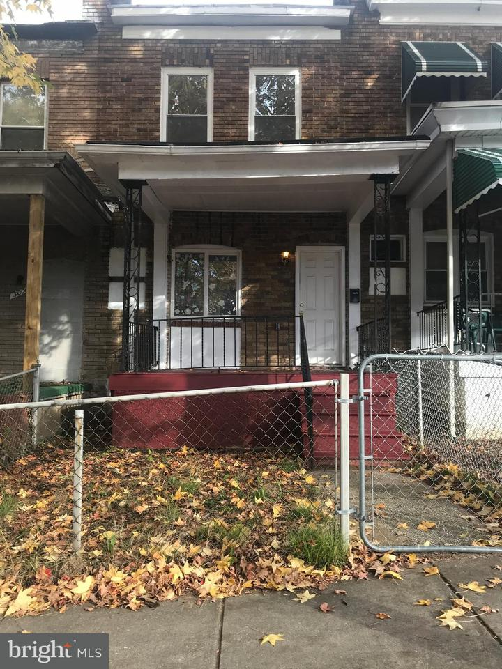 Single Family for Sale at 3004 Lanvale St W Baltimore, Maryland 21216 United States