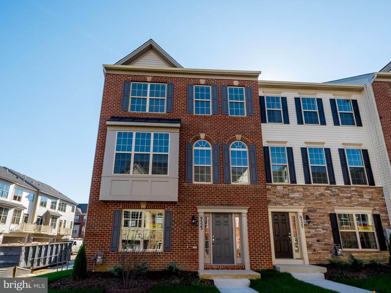 Casa unifamiliar adosada (Townhouse) por un Venta en 9523 SMITHVIEW Place 9523 SMITHVIEW Place Glenarden, Maryland 20706 Estados Unidos