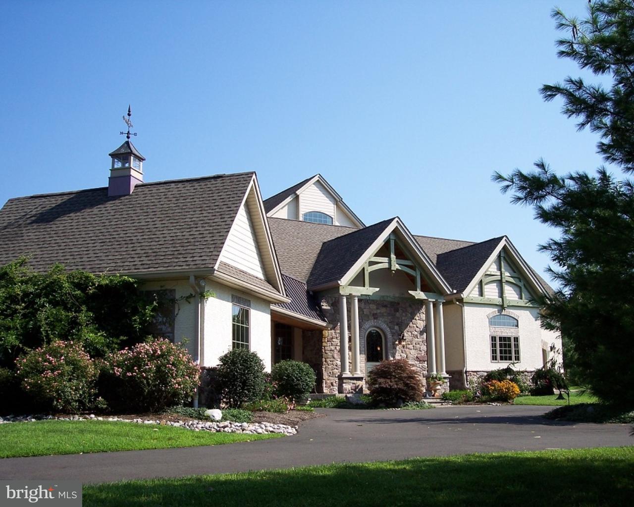 Частный односемейный дом для того Продажа на 114 KING Road Chalfont, Пенсильвания 18914 Соединенные Штаты