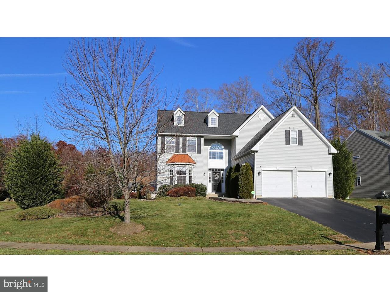 Single Family Home for Sale at 729 CARRIAGE Circle Aston, Pennsylvania 19014 United States